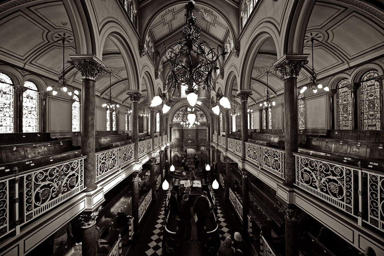 synagogue-458369_1280